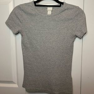 H&M Gray ribbed shirt